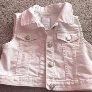 Gymboree white denim vest small 5/6